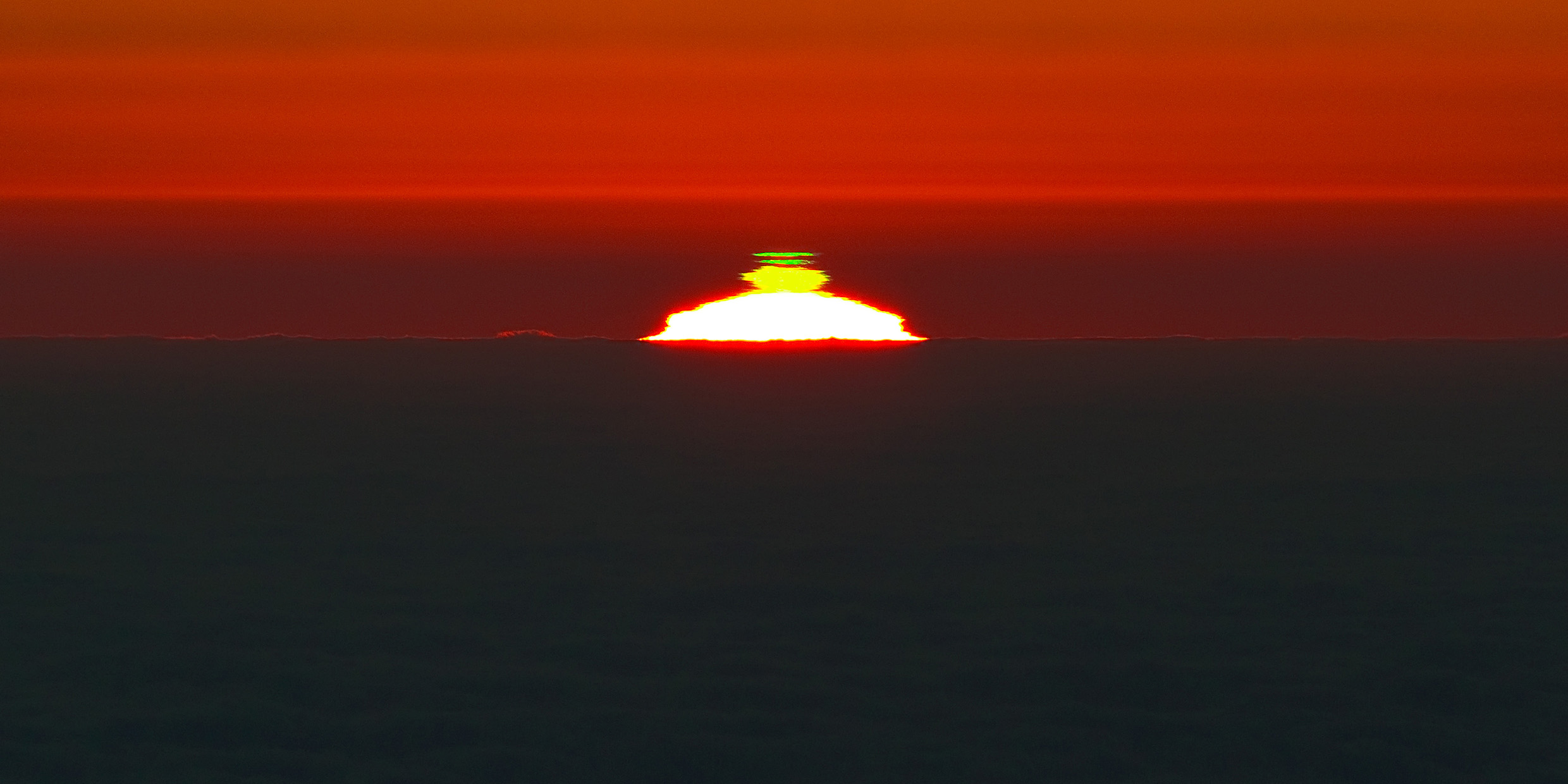 Elusive beauty of the green flash - Science Musings